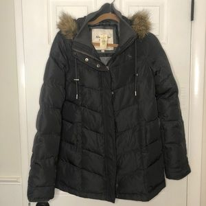 Abercrombie & Fitch Quilted Down Blend Coat